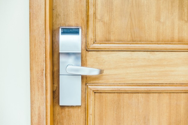 Como escolher as portas para minha casa?